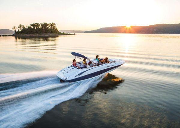 Tahoe 215 Xi image