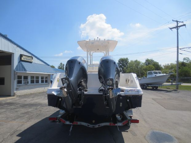 2020 Robalo R242 Center Console Port Clinton, Ohio - Happy Days