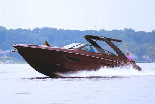 Cruisers Yachts 338 Palm Beach Edition Bow Rider image