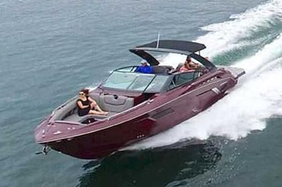 2020 Cruisers Yachts 338 Palm Beach Edition Bow Rider