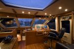 Hunt Yachts 68image