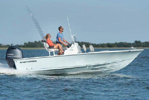 Sportsman Masters 207 Bay Boat image