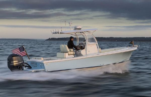2017 Hunt Yachts 26 Center Console