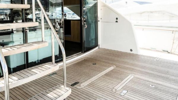 Fairline Squadron 78 Custom Fairline Squadron 78 Custom Island Yachts Broker