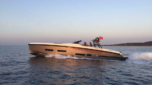 Custom Power Yacht Power 64