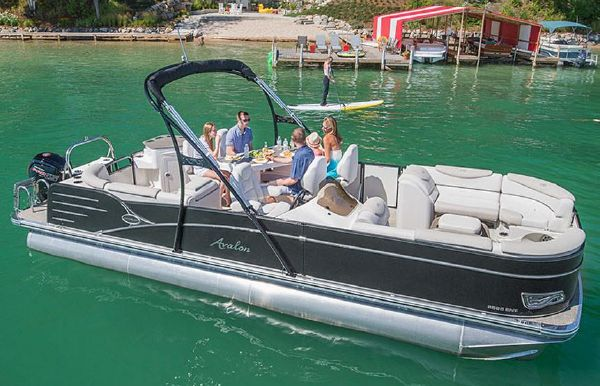 2018 Avalon Catalina Entertainer - 27'