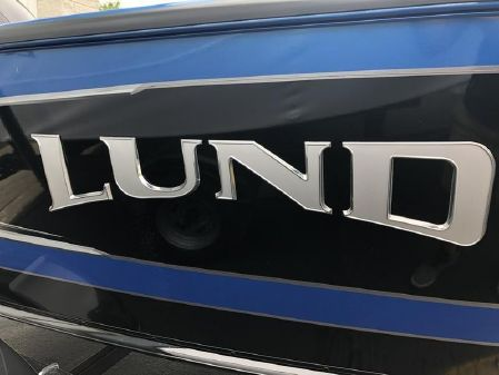Lund 1775 Crossover XS Sport image
