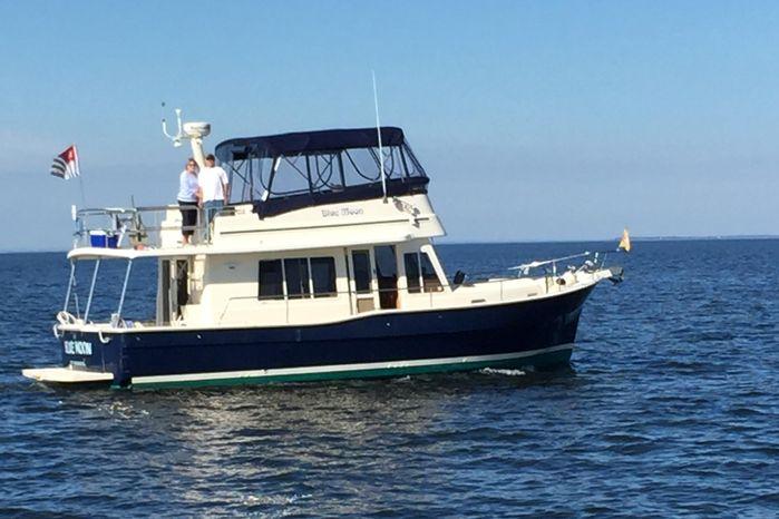 2006 Mainship 400