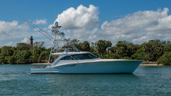 French Yachts Custom Express Sportfish