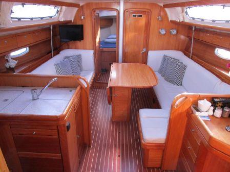 Bavaria 38 Cruiser image