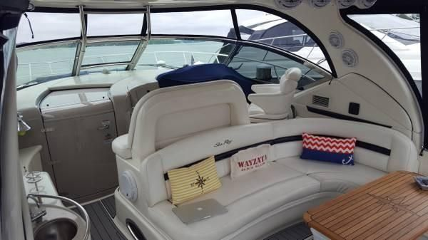 Sea Ray 440 Sundancer image