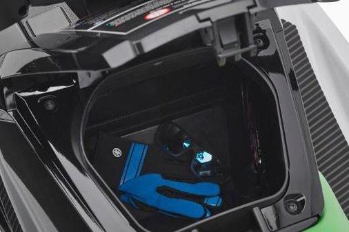 Yamaha WaveRunner VX image