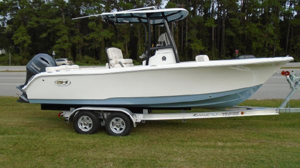 Sea Hunt 234 ultra