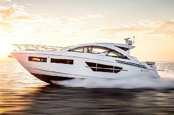 Cruisers Yachts 60 Cantius - main image
