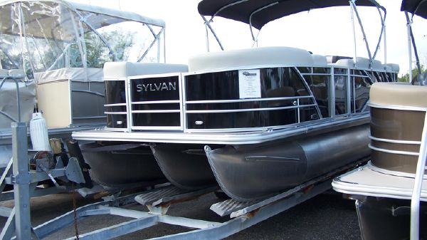 Sylvan 8522 Mirage Cruise