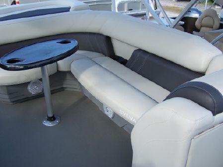 Sylvan 8522 Mirage Cruise image