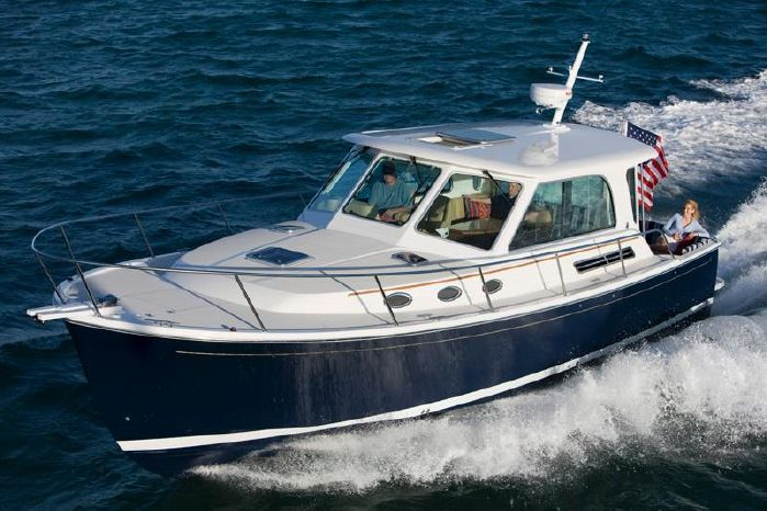 2017 Back Cove Yachts 37 Hardtop Express