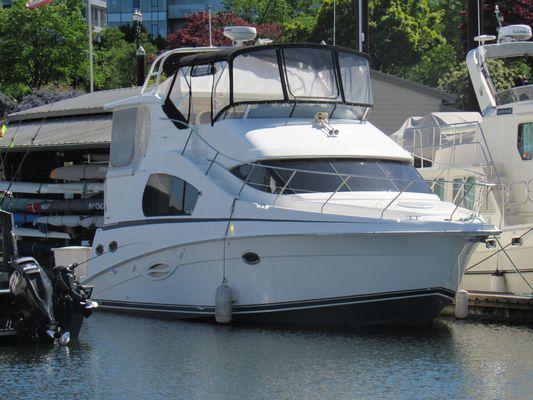 Silverton 35 Motor Yacht - main image
