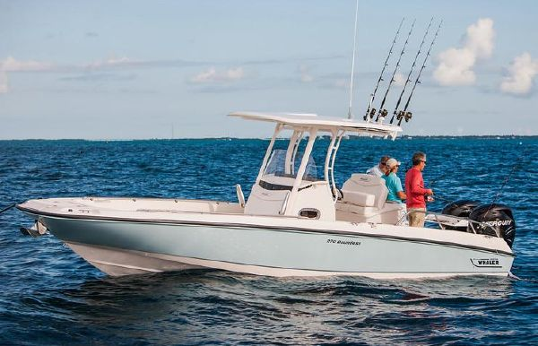 2018 Boston Whaler 270 Dauntless