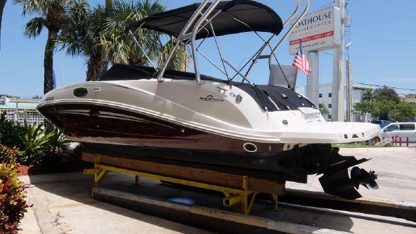 Sea Ray 2008 260 SunDeck