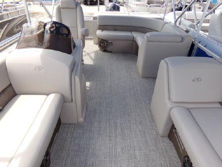 Avalon LSZ Cruise - 22' image