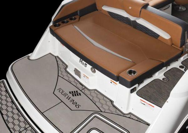 Four Winns HD5 RS Surf image