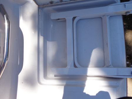 Four Winns 245 Sundowner image