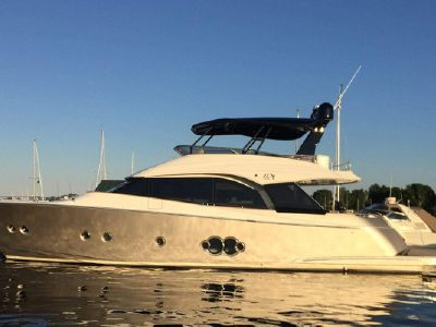 2019 Monte Carlo Yachts<span>65</span>