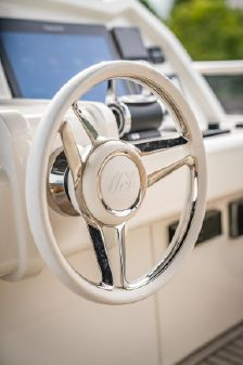 Monte Carlo Yachts 65 Motor Yacht image