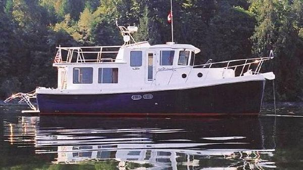 American Tug Pilothouse Expedition Trawler