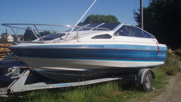 Bayliner CAPRI Photo 1