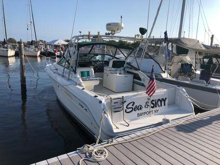 Sea Ray 30 Weekender image