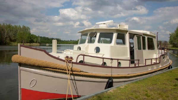 Custom Dutch Barge Tugboat Houseboat