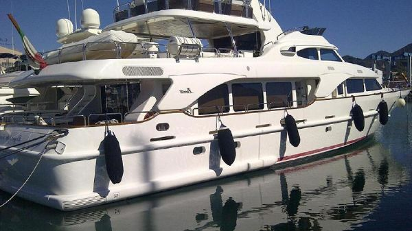 Benetti Tradition 30M