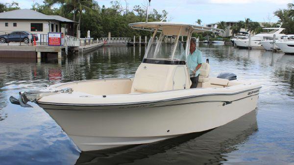 Grady-White Fisherman 230