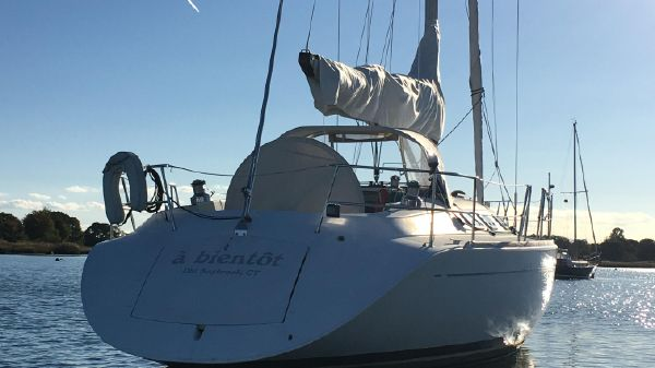 Beneteau 42S7 A BIENTOT at Rest