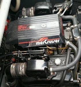 Rinker 300 Fiesta image