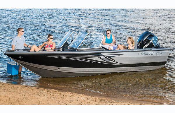 2018 Crestliner 1850 Sportfish Outboard