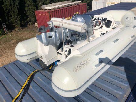 Aermarine Cabrio 320 CH image
