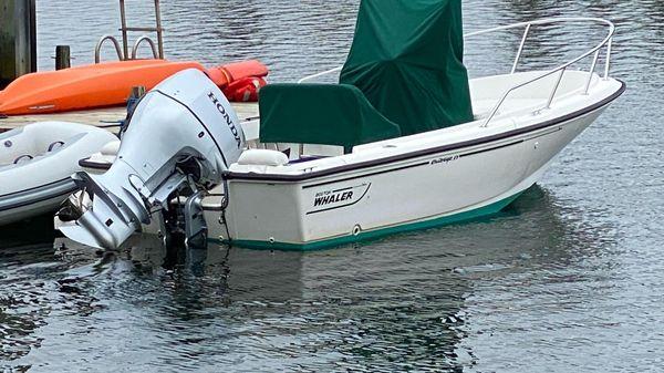 Boston Whaler 17 Outrage II