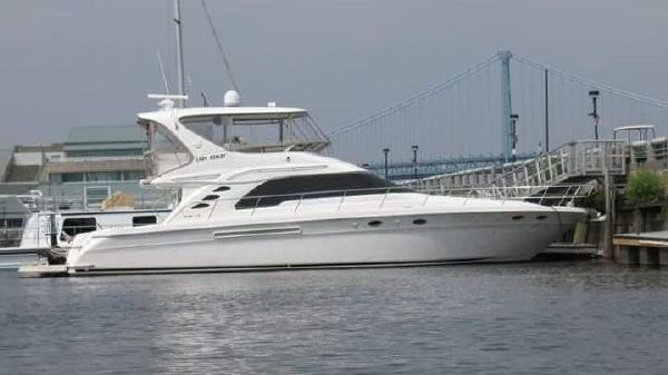 Sea Ray 560 Sedan Bridge