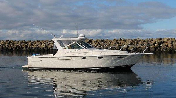 Tiara 3100 Open with Hard Top Sharp Tiara 3100 - with Hardtop!