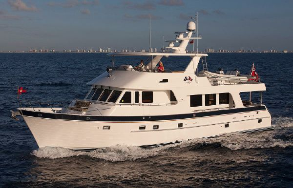2017 Outer Reef 700 Motoryacht