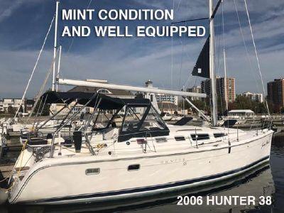 2006 Hunter<span>38</span>