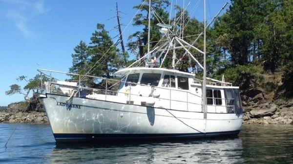 Willard Marine Pilot House Trawler