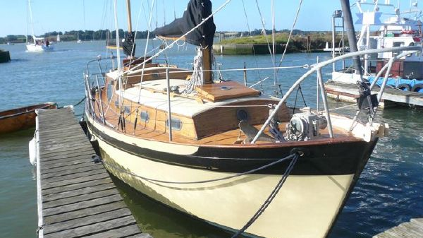 Peter Duck 28 Afloat