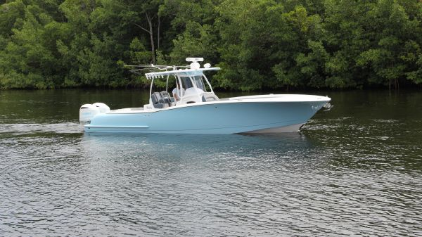 Mag Bay Yachts 33 Center Console