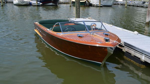 Chris Craft Classic 18' Continental, 1956
