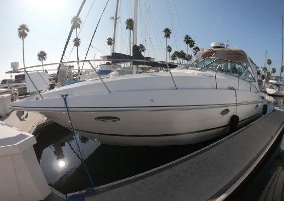 Cruisers Yachts 3470 Express - main image