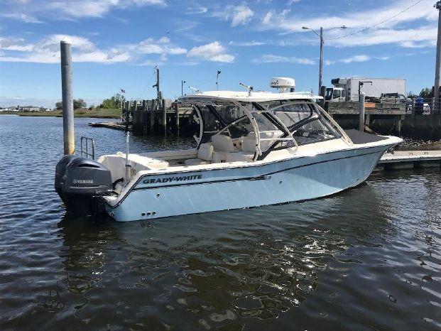 2017 Grady-White Freedom 307 Marshfield (offsite), Massachusetts